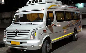 17 Seater Tempo Traveller on Rent in Amritsar