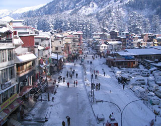 Tempo Traveller from Amritsar to Manali