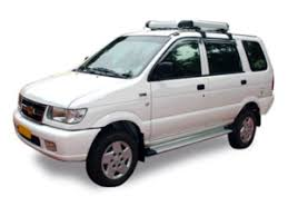Tavera Cabs on Rent in Amritsar